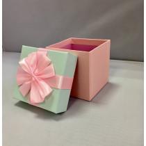 Подарочная коробка 046 К зелено-розовая