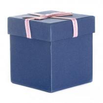 Подарочная упаковка с бантом, квадратная, тёмно-синяя