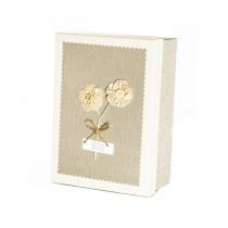 Подарочная коробка с цветком, тёмно-бежевая, средняя