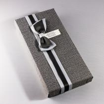 Ювелирная коробка под браслет, цепочку, часы с тонким бантом, темно-серая